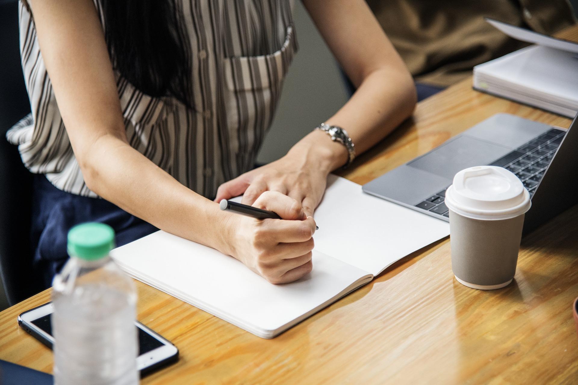 Termo de Referência, Editais e Contratos - 11/2019